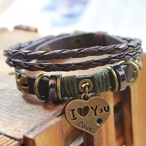 NEW Fashionable Leather Charmed Bracelet